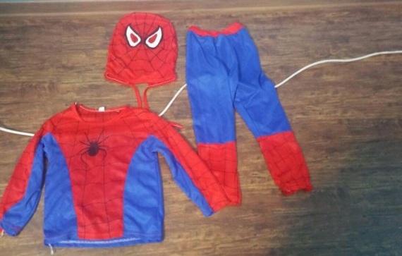لباس مرد عنكبوتي